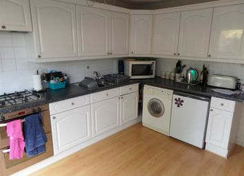 Thumbnail 3 bed town house to rent in Cranesbill Place, Conniburrow, Milton Keynes, Bucks