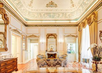 Thumbnail 4 bed apartment for sale in Piazza Del Duomo, Milano MI, Italy
