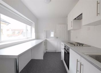 2 bed flat to rent in The Street, Ashtead KT21