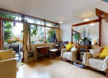 Thumbnail 1 bed flat for sale in Hatfield House, Golden Lane Estate