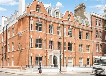 Thumbnail 3 bedroom flat to rent in Lordship Place, Chelsea