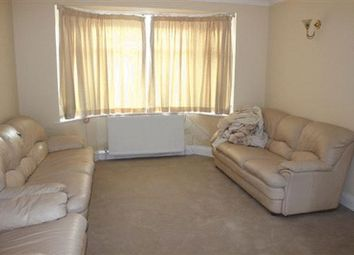 Thumbnail 3 bed property to rent in Princes Avenue, London