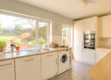 Thumbnail 4 bed semi-detached house to rent in Browns Springs, Potten End, Berkhamsted