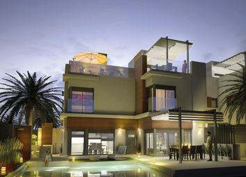 Thumbnail Villa for sale in A 20 Metros Del Mar, Santiago De La Ribera, Spain