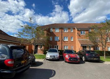 Thumbnail 1 bed flat to rent in Layton Street, Welwyn Garden City