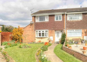 Thumbnail 3 bed property for sale in Meadow Court, Hibaldstow, Brigg