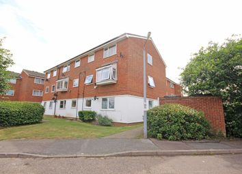 Thumbnail 2 bedroom flat for sale in Swans Hope, Loughton