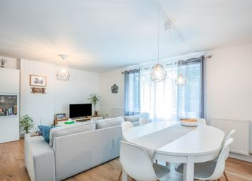 Thumbnail 2 bed flat for sale in Norden Road, Maidenhead