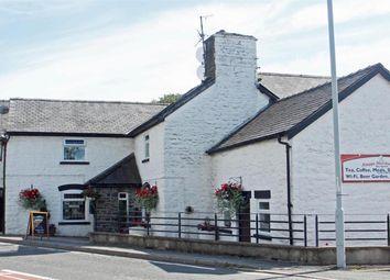 Thumbnail Pub/bar for sale in Powys SY17, Carno, Powys