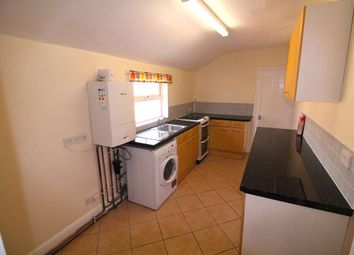 Thumbnail 2 bedroom flat to rent in Railway Terrace, Rugby