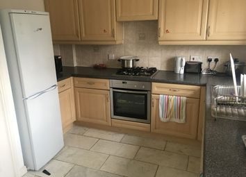 Thumbnail Room to rent in Edison Drive, Wembley