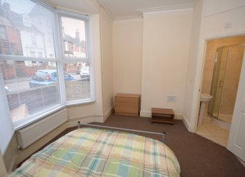Thumbnail 1 bed flat to rent in West Parade, Lincoln