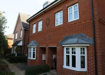 Thumbnail 4 bed semi-detached house to rent in Skylark Way, Shinfield, Reading