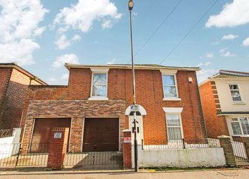 4 bed detached house for sale in Anglesea Road, Shirley, Southampton SO15