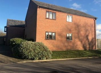Thumbnail 2 bed flat to rent in Queens Court, Goring, Reading