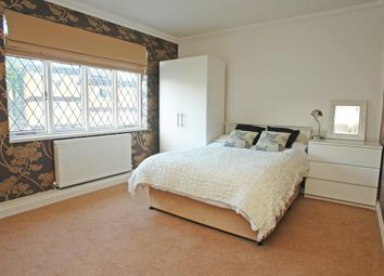 Thumbnail 2 bed flat to rent in Devonshire Road, Forest Hill, London
