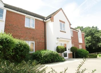 Thumbnail 1 bed flat to rent in Jersey Drive, Winnersh, Wokingham