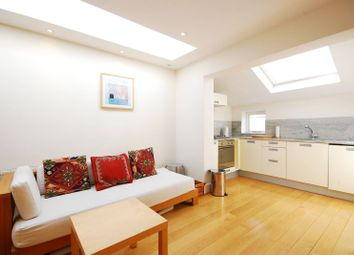 Thumbnail 1 bed flat to rent in Devonshire Road, Chiswick