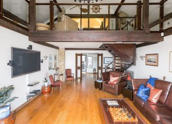 Thumbnail 3 bed flat for sale in Millennium Drive, London