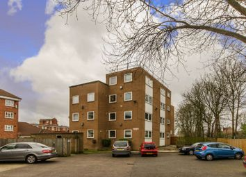 Thumbnail 2 bedroom flat for sale in York Hill, West Norwood