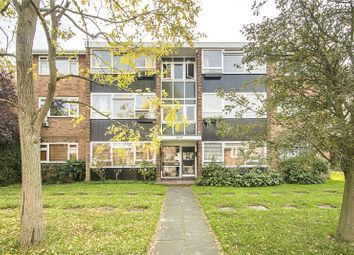 Thumbnail 2 bed flat for sale in Vandyke Close, London