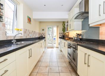 4 bed terraced house to rent in Fairfield Road, Winchester SO22