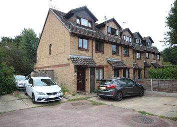 Manor Fields, Horsham RH13. 2 bed maisonette