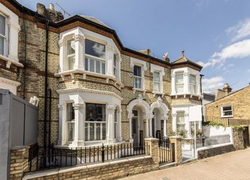 5 bed property to rent in Wroughton Road, London SW11