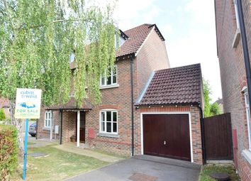 Willetts Way, Loxwood, West Sussex RH14. 3 bed semi-detached house