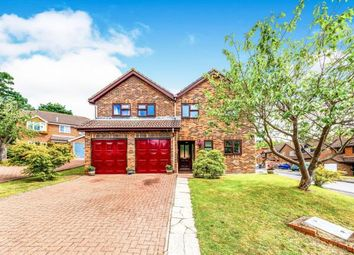 Thumbnail 5 bed detached house for sale in Cherry Gardens, Heathfield, East Sussex