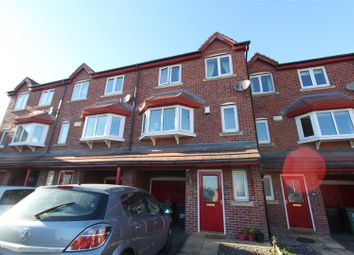 Thumbnail 3 bed town house for sale in Saxstead Rise, Leeds