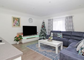 Thumbnail 3 bed flat for sale in The Glade, Croydon