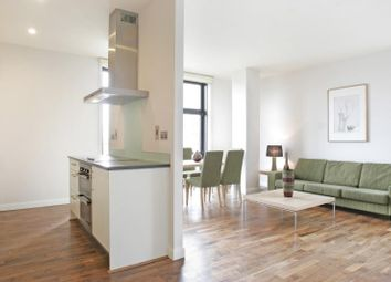 Thumbnail 2 bed flat to rent in Discovery Dock West, South Quay Square, Canary Wharf, London
