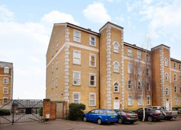 Thumbnail 2 bed flat to rent in Clarence Mews, Rotherhithe