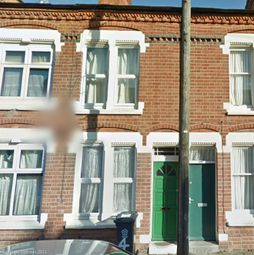 Thumbnail 1 bedroom flat to rent in Skipworth Street, Leicester