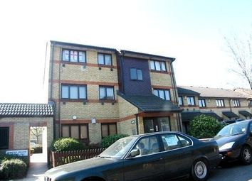 Thumbnail 1 bed flat to rent in Newland Street, Silvertown
