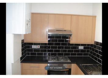 3 bed flat to rent in Fieldgate Street, London E1