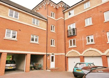 Thumbnail 2 bed flat to rent in Padstow Road, Swindon