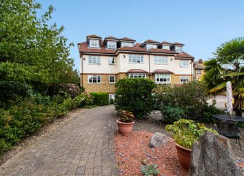 2 bed flat for sale in Rayleigh Road, Leigh-On-Sea SS9