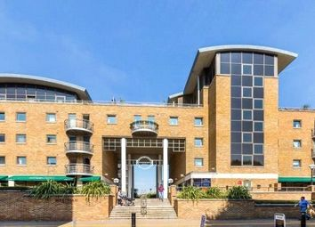 Thumbnail 2 bedroom flat to rent in Meridian Place, Canary Whalf