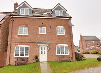 Thumbnail 5 bed detached house for sale in Field Reeves Walk, Epworth, Doncaster