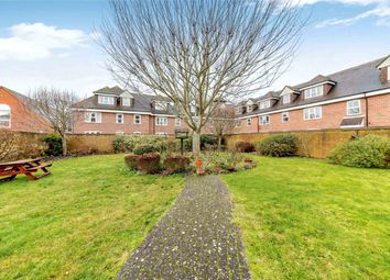 2 bed flat for sale in Becket House, Oddfellows Road, Newbury, Berkshire RG14