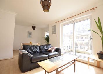 Thumbnail 1 bed flat to rent in Chatfield Road, Battersea, London