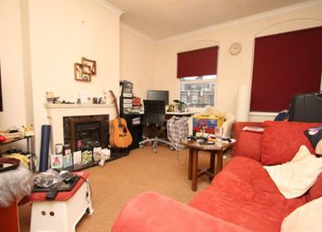 Thumbnail 1 bed flat to rent in Tower Bridge Road, London Bridge