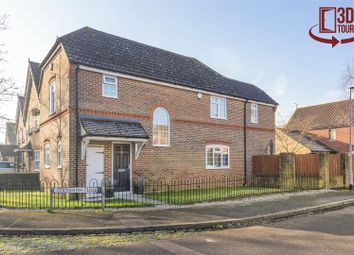 Thumbnail 3 bed detached house for sale in Goldsmith Close, Finchampstaed, Berkshire