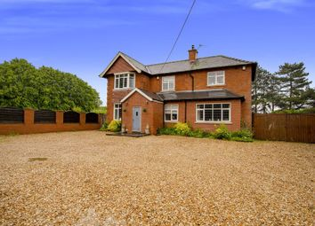 Thumbnail 5 bedroom detached house for sale in Top Road, Winterton, Scunthorpe