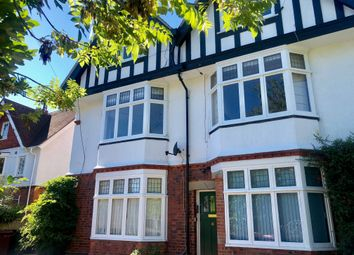 Thumbnail 1 bed flat for sale in Cintra Avenue, Reading