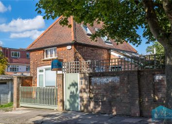 Thumbnail 1 bed detached house for sale in Southern Road, East Finchley, London