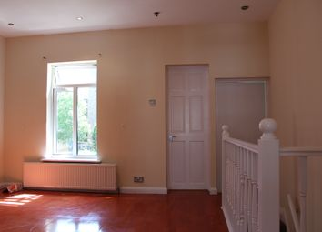 Thumbnail 2 bedroom flat to rent in Fredrick Street, Luton