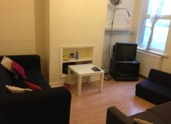 Thumbnail 4 bedroom shared accommodation to rent in James Street, Gillingham, Kent